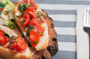 Grzanki z pomidorami - Przystawka - Restauracja 7 kontynent