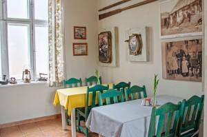 Restauracja wewnątrz - wystrój morski