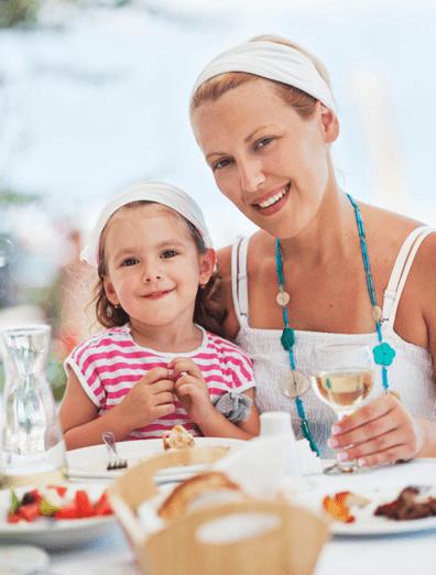 Szukasz idealnego miejsca na obiad dla całej rodziny? Zapraszamy do 7 kontynentu całe rodziny na niedzielne obiady do naszej restauracji.
